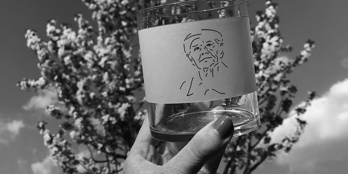Glas met boom